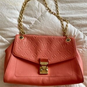 COPY - Fashionable Coral Bag